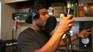 Futuristic & Devvon Terrell - Break Ya Neck (Remix)