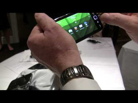 BlackBerry Torch 9860 smartphone video demo