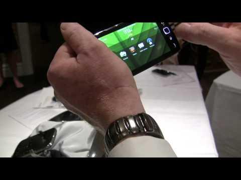 BlackBerry Torch 9860 smartphone video demo