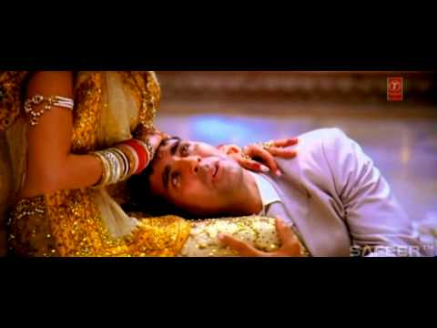 Mujhe Pyar Do • Ab Tumhare Hawale Watan Saathiyo (2004) • Hindi Video Music • HD 720p