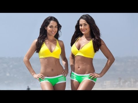 WWE Divas hot in swimsuit
