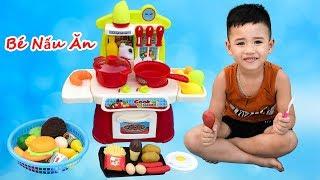 Trò Chơi Bé Tập Nấu ăn   Đồ Chơi Nấu Ăn ♥ Min Min TV ♥