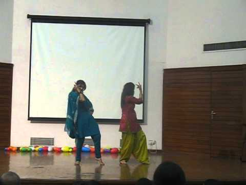 Thoda Thoda Pyar - Love Aaj Kal - Dance Performance