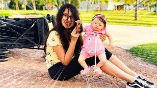 LULUCA FINGE SER BABÁ DE UM BEBÊ REBORN | Luluca