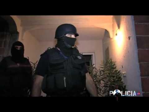 Kosovo Police / Policia e Kosovës.