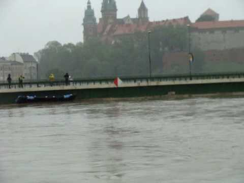 Powódź W Krakowie. Wisła Kraków 18.V.2010 (Most Dębnicki) / Flood In Poland - Kraków (Cracow)