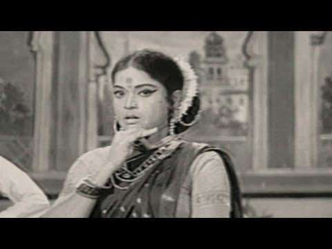 Saanga Patil Ruslat Ka - Nandayala Jaate, Lavani Song video