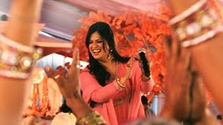 Richa Sharma Live Performance Mahi Ve Jag Soona So