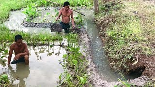 Primitive Culture: Mini Underground Pool for Water Storage and Drainage Tunnel