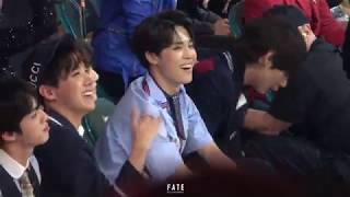 180520 BBMA Jimin Reaction to Kelly Clarkson's Music Medley