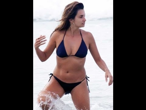Penelope Cruz Hot Bikini Scenes video
