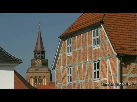 Stock Footage Europe Germany Mecklenburg Güstrow Brunnen Fountain Fuente Travel Urlaub Tourism HD