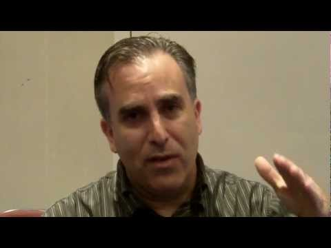 Mark Schaefer interviews Mike Stelzner of Social Media Examiner