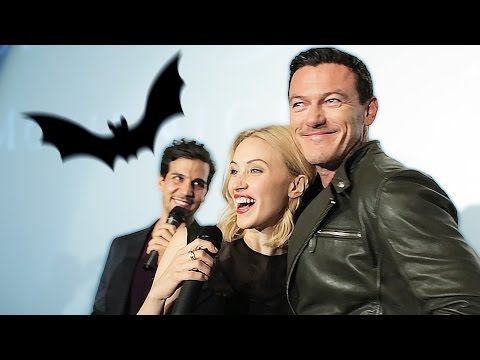 DRACULA UNTOLD Cast bei der Social Movie Night in Berlin (Luke Evans, Sarah Gadon)