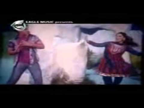 Shakib Khan And Apu Biswas Bangla Movie New Song 2012 video