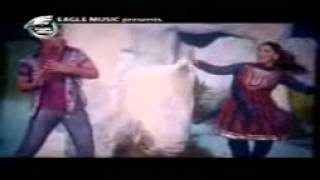 Le Halua Le - Shakib Khan and Apu Biswas Bangla Movie New Song 2012