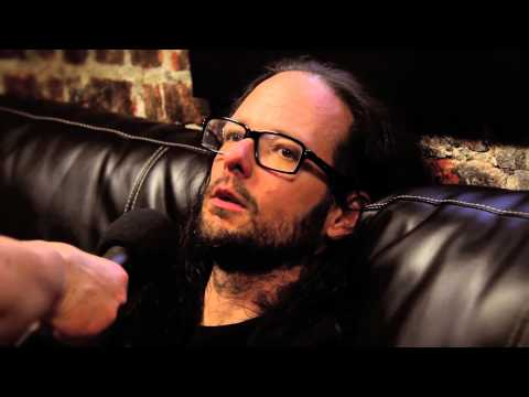Korn talks about coming to India.
