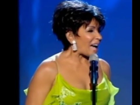 Shirley Bassey - The Lady Is A Tramp