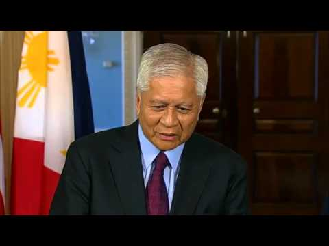 US Secretary Kerry Delivers Remarks With Philippine Foreign Secretary Albert Del Rosario