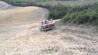 Sunflower hills seeding and spraying - Semina e diserbo girasoli in collina