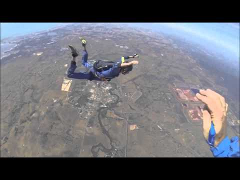 Guy Has Seizure While Skydiving (harlem Shake) video