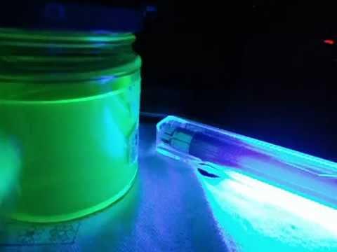 Liquido fosforescente per discoteca