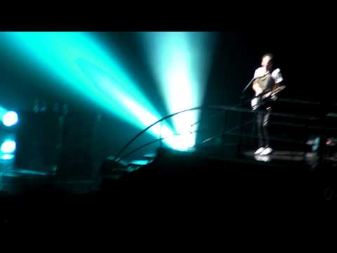 Muse 17 21 Time is Running Out HD Madrid 28 11 2009 Live Directo