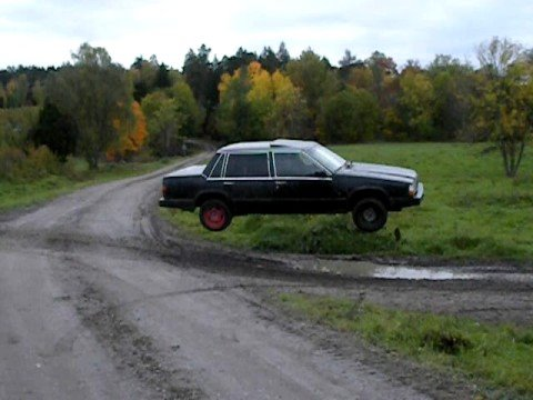 Volvo 740 goes airborne