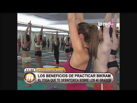 Salfate llevó al equipo a practicar Bikram Yoga