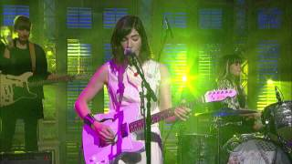 Sleater-Kinney  A New Wave - David Letterman  2015 01 15