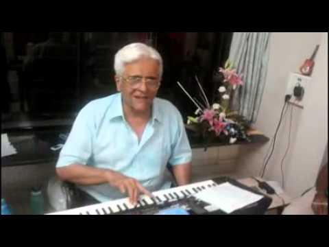 DIPAK KAPADIA SINGING JAGJIT SINGH GAZAL. TUMKO DEKHA TO YE...