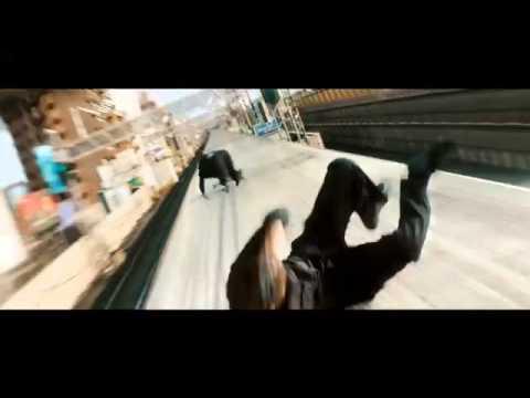 Lobezno Inmortal | Tren bala | Clip