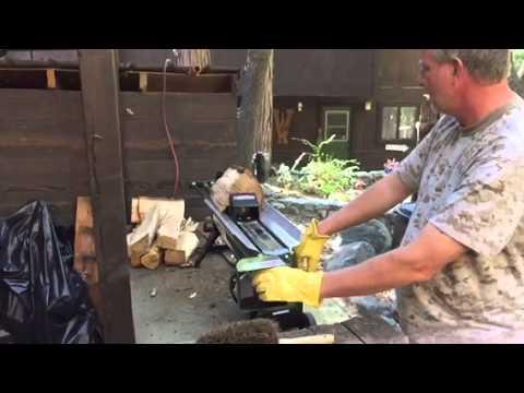 """Earthquake"" wood splitter - Warning! Stand..."