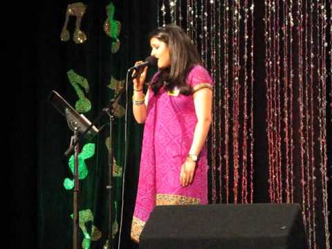 Raagini singing Aaj jaane ki zid na karo at Sa Re Ga Ma Pa 2011 Finals