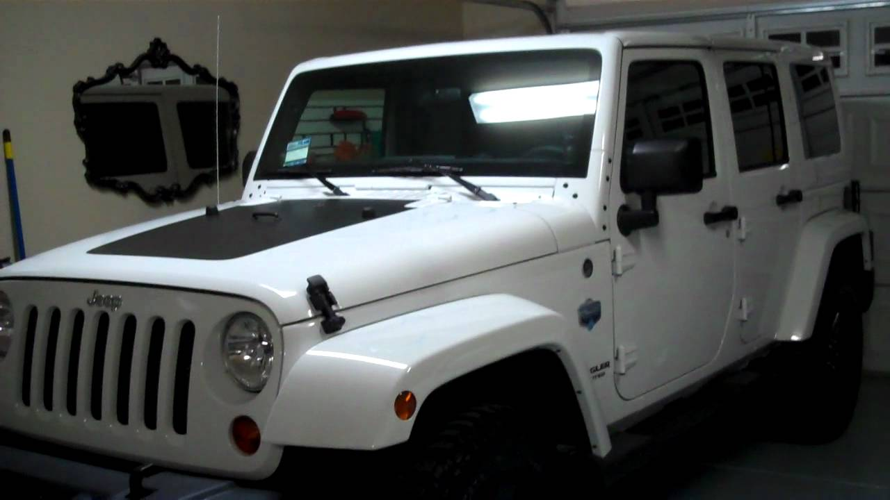 Jeep Wrangler With White Rims >> 2012 Jeep Wrangler Unlimited Sahara Arctic Edition teaser review - YouTube
