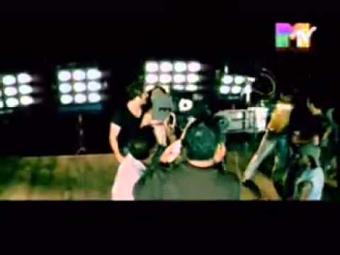 Kya mujhe pyar hai (Remix) - Woh Lamhe  MTV Exclusive.mp4