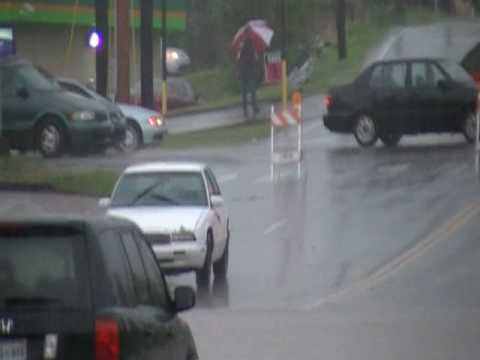 nashville may 2010 flood. May,1st 2010-Nashville Flood(1/3) middot; May Day Flooding In Nashville.