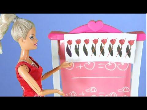 Rodzinka Barbie -Jula I Tola Piszą Sprawdzian!! Bajka Dla Dzieci Po Polsku. The Sims 4. Odc. 77