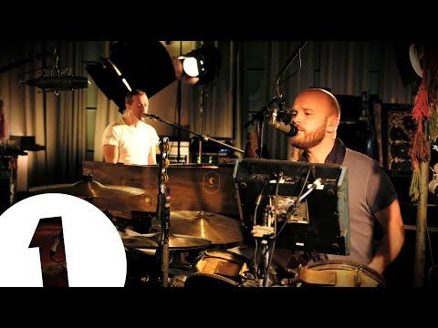 Download Coldplay - Everyday Life Live at Maida Vale Mp4 baru