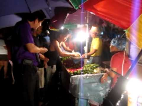 Roilo Golez, Buying Indian Mangoes, Sampaloc 2, Bgy Bf, 20 July 2010 video