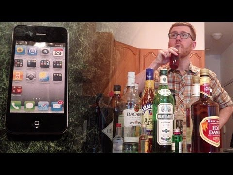 Nick and Siri make cocktails
