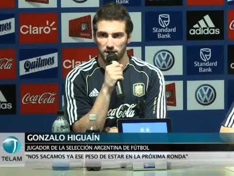 """Higuaín: """"Messi no tiene que demostrar nada, es el mejor del mundo"""""""