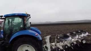 New Holland T6080 plowing