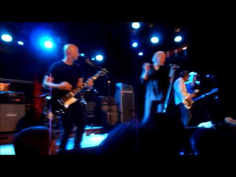 Radio Birdman in Barcelona showing what rock'n'roll is all about! June 16, 2015