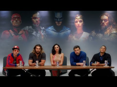 Justice League - Sneak Peak with the Cast