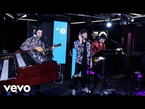 Download Lagu  Jonas Brothers - Someone You Loved Lewis Capaldi cover in the Live Lounge Mp3 Free