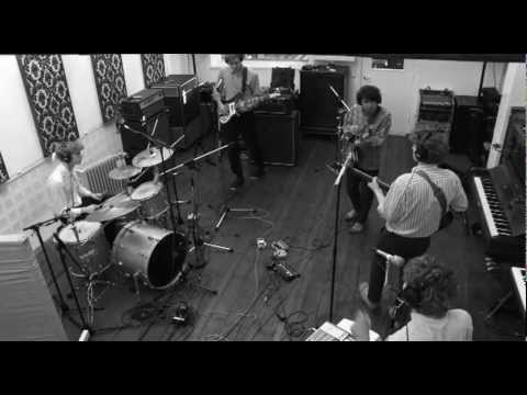 Young Dinosaur - Our Dreams, live session