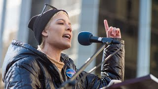 Download Lagu Powerful poem about sexual abuse delivered by Halsey at New York Women's March Gratis STAFABAND