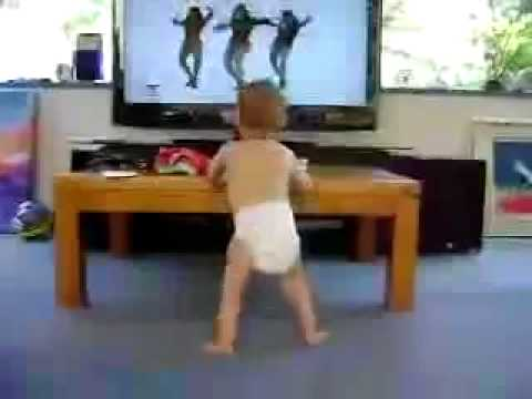 Baby Dancing to Beyonce- Single Ladies