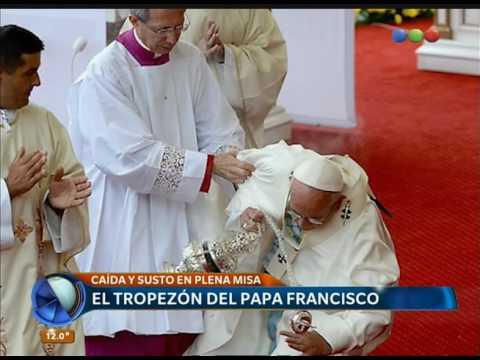 La caída del Papa en una misa en Polonia ? Telefe Noticias